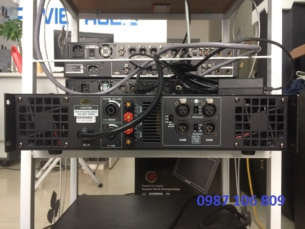 Mặt sau Cục đẩy DB K650