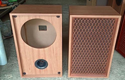 3 Kiểu thùng loa toàn dải là thùng hở thùng phải hồi tiếng trầm và thùng kèn sau